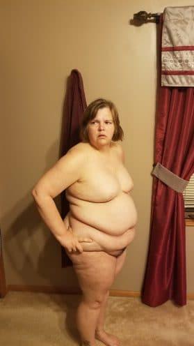 Plump Mature BBW Posing Naked