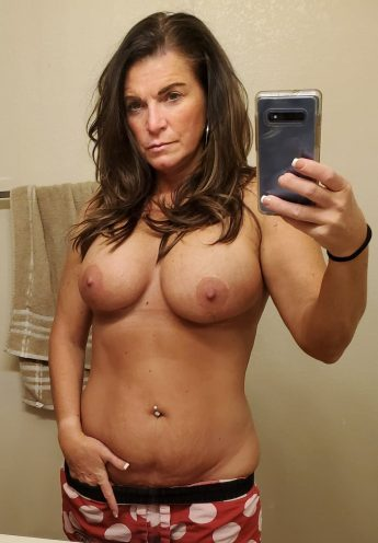 MIlf With Big Tits and Belly Ring IN Poka Dot Pants